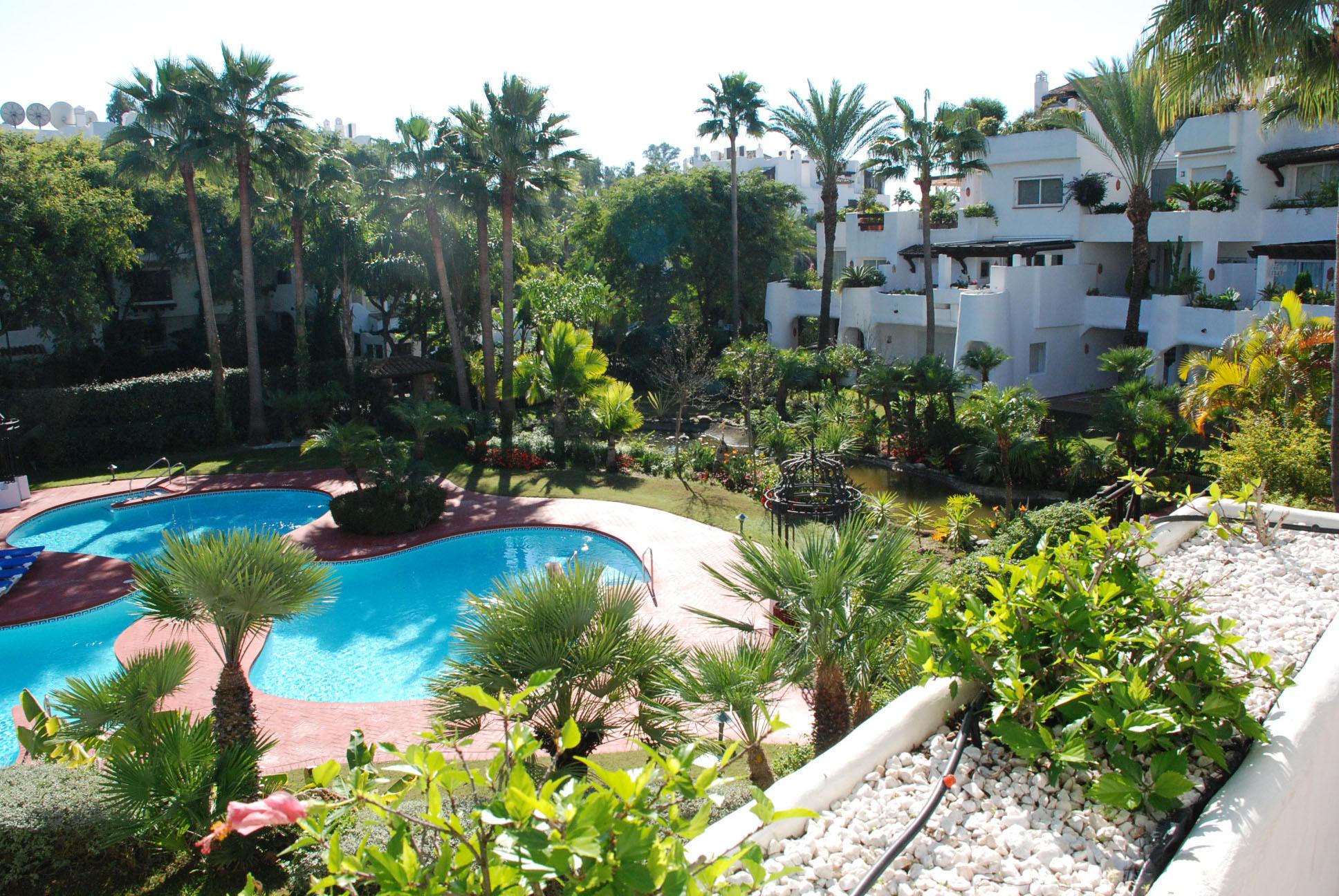 Fant stico apartamento en jardines ventura del mar puerto for Jardines del puerto puerto banus